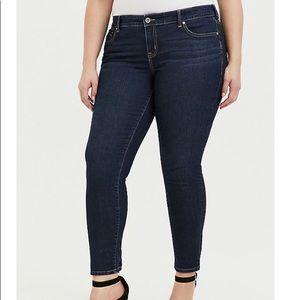 Torrid Jeans NWOT